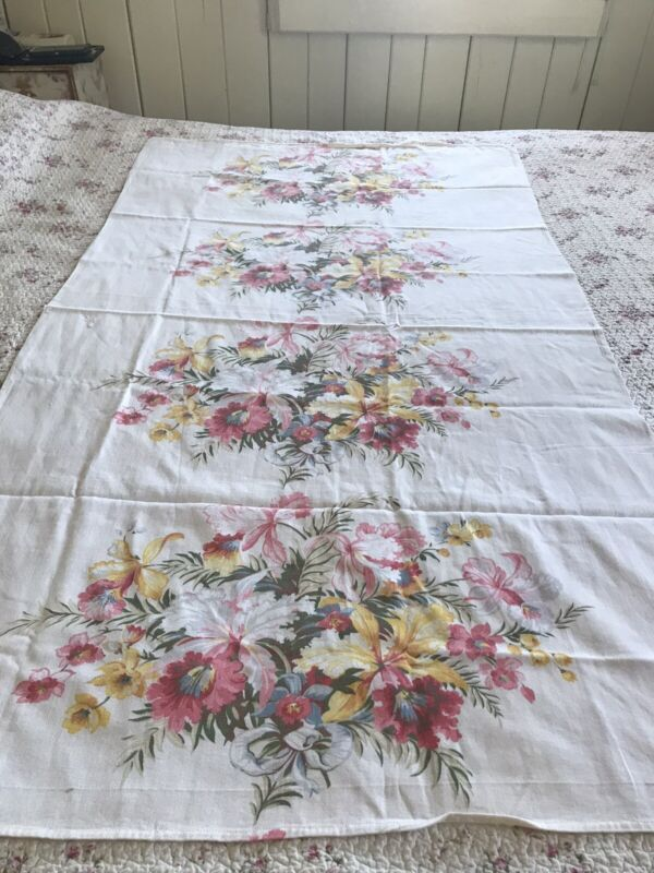 Such Pretty Vintage Barkcloth Era Drape Fabric  Huge Spring Floral Bouquets