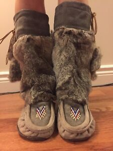 Moccasin tall slippers