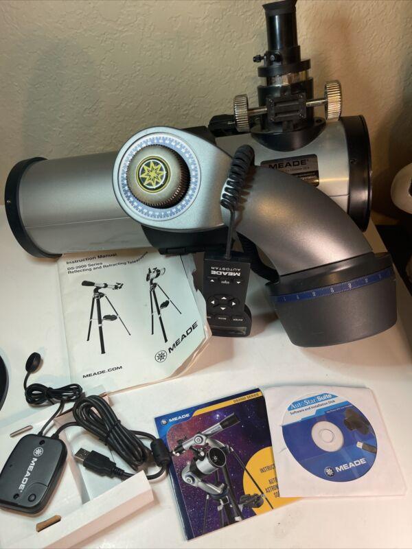 MEADE DS2000 Telescope D=114mm F=1000mm f/8.8 Just Need Tripod!