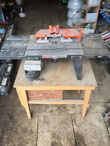 Sears craftsman router table.
