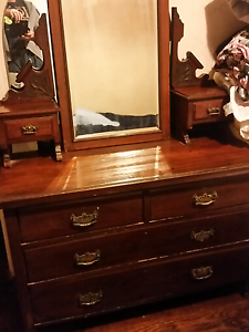 Antique dressing table Para Vista Salisbury Area Preview