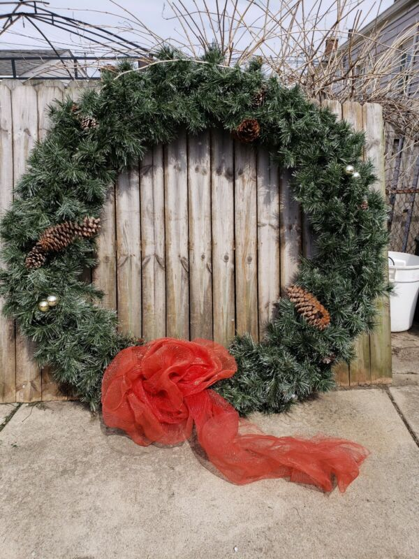 Huge 6 ft. Tall Commercial Municipal  Christmas Wreath with C9 Lights