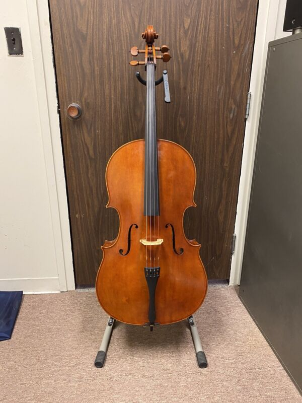 Used Emanuel Fabrica Montagnana Intermediate 4/4 Cello