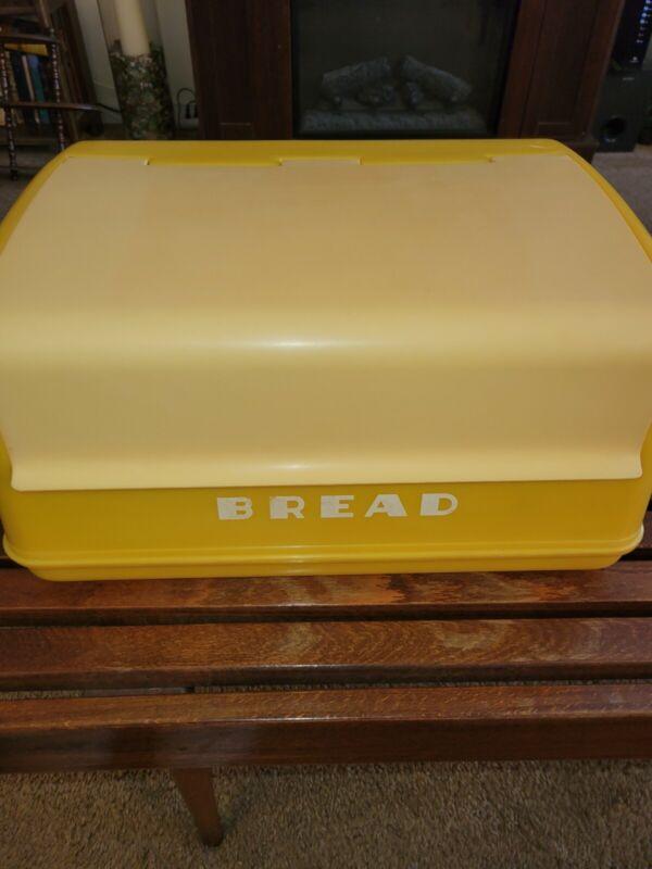 Vintage MCM Lustro Ware Yellow & Beige Bread Box B-20 Plastic  Retro
