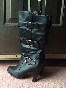 Black Heeled Boots Peterborough Peterborough Area image 2
