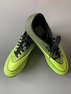 Nike Football Boots Boys Size 6 Uk 39 Eu