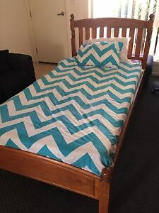 King single bed and mattress Eagleby Logan Area Preview