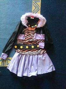 Monster High Clawdeen Wolf Costume - Fit age 8-10 High Wycombe Kalamunda Area Preview
