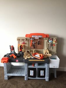 Step 2 Deluxe Pro Workbench
