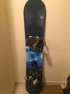 Snowboard 156 cm Rossignol $60 with bindings