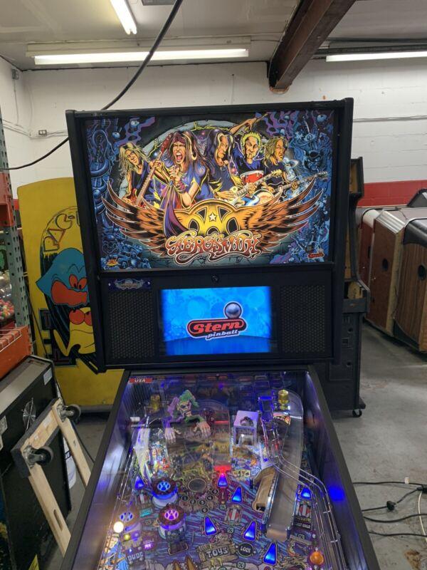 Aerosmith Pinball Machine by Stern **PRO** Edition