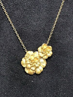 Ladies 18K Yellow Gold Double Flower Carrera Y Carerra Necklace
