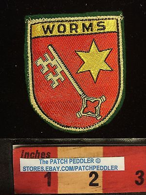 VINTAGE PATCH ~ WORMS / RHINELAND-PALATINATE Coat Of Arms GERMANY TRAVEL 5NU4 ex