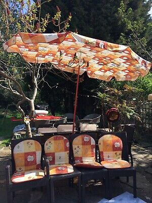 French Auchan large parasol with 4 matching seat covers & matching seat lounger