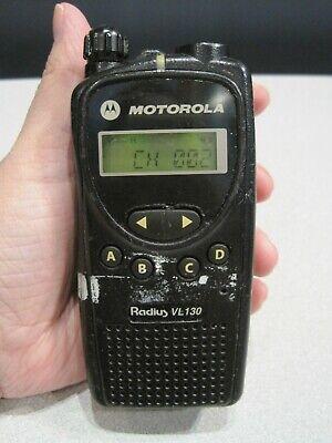 Motorola Radius Vl130 Uhf 435-480 Mhz Two Way Radio