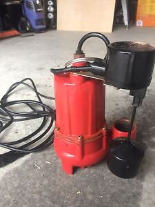 New submersible sump pump