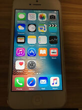 IPHONE 5 16GB WHITE UNLOCKED ANY NETWORK GOOD CONDITION NO CRACKS Burleigh Waters Gold Coast South Preview