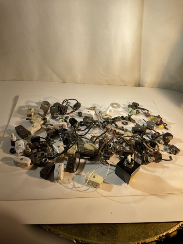 Large Lot Of Vintage And Antique Switches Lamp Light Part D