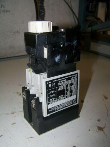 SQUARE D INDUSTRIAL CONTROL TIMING RELAY 0.2-60 SEC 120 VOLT COIL 8501X020XTE1