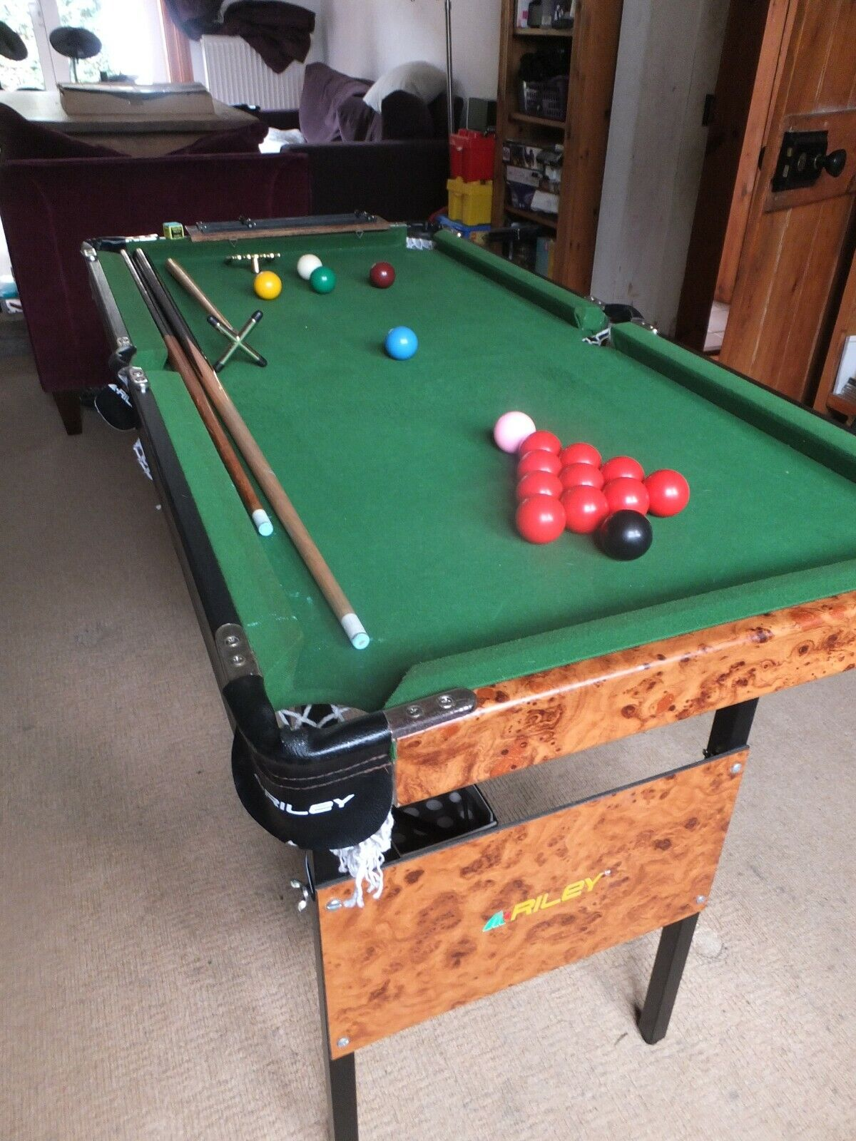 Riley 4 x 2ft Snooker Table With Accessories Foldable Perfectly Level London W6