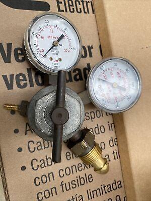 Pressure Regulator For Argon Gas.3000psi Max.smith Equipment Mpn 221037