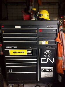"41"" mastercraft tool box (bottom)"