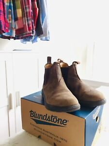 Blundstone Kids 565 Rustic Brown size 1 AUS / 2 US