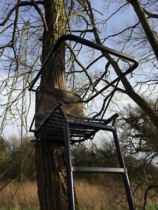 Telescopic High Seat Portable Tree Stand Ladder Deer Stalking Folding Camo
