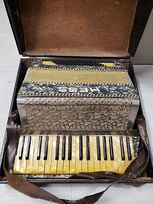 Hess Klingenthal - German Piano Accordion  (NICE)