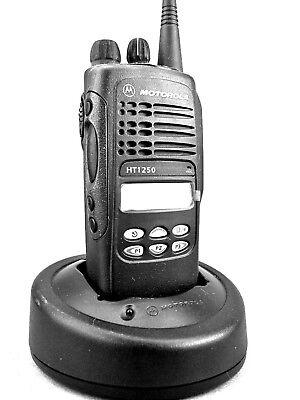 Mint Motorola Ht1250 Uhf 128ch Radio Wnew Accessories