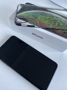 iPhone XS Max - 64GB - Black