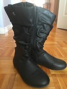 Black Leather Boots Size 1 for Girls
