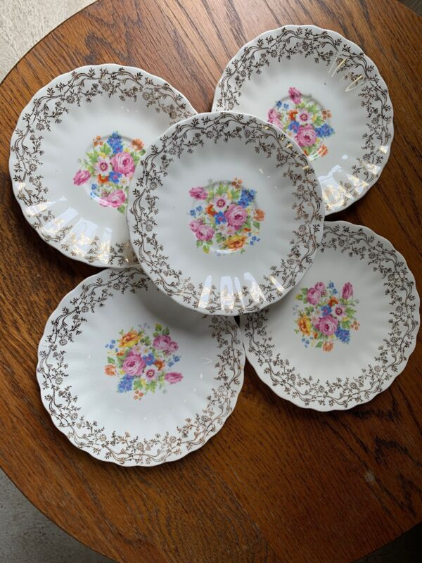 Southern Potteries Inc. 3 Saucers, 2 Small Plates
