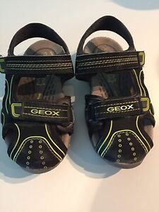 Geox boys sandals-size 10 1/2
