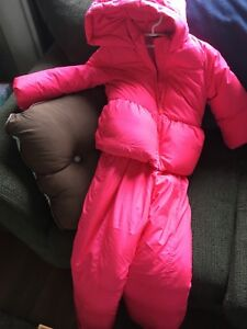 Girls snow suit size 5/6
