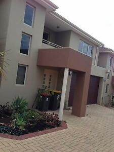 Large Yokine Home Suitable for young familie prof with yg childre Yokine Stirling Area Preview