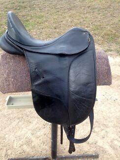Black Isabel Werth Dressage Saddle