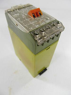 Pilz PST 1 PST1 24VDC 420080 Sicherheitsrelais used