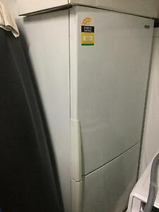 Westinghouse 510L Bottom Mount Fridge Freezer Epping Ryde Area Preview