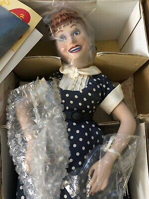 I LOVE LUCY AND RICKY RICARDO DOLLS FROM THE HAMILTON COLLECTION - Lucy And Ricky Ricardo