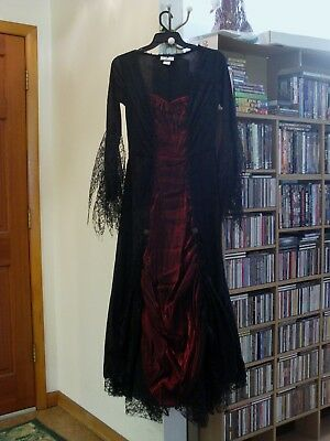 Halloween Wedding Dress Costume (Vampira Vampire Deluxe wedding dress Halloween Costume Small size worn)