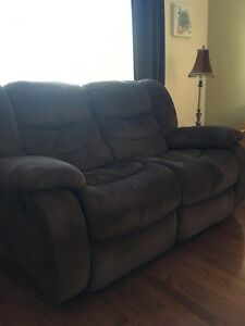 Loveseat inclinable