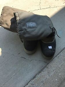Size 13 Sorel steel toe boots
