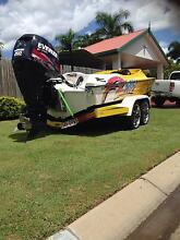 21ft Revolution ski boat North Ward Townsville City Preview