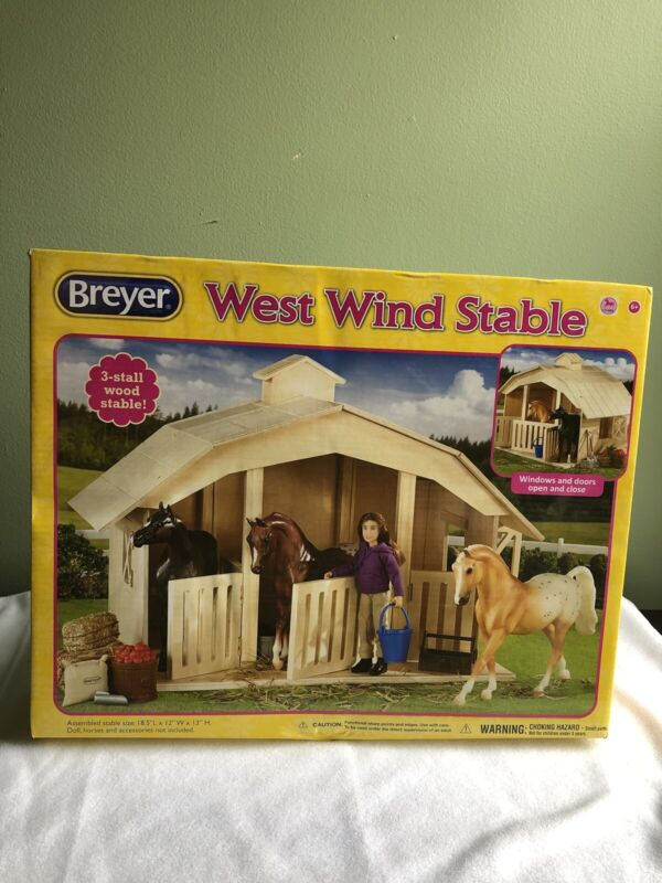 Breyer 701 Classics West Wind Wooden Horse Stable 1:12 Scale NEW