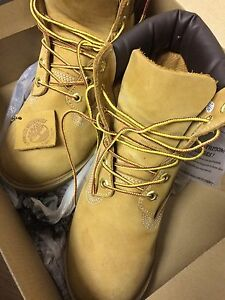 Gently used Timberlands size 6.