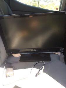 """19"""" Dynex LCD Flatscreen Tv"""