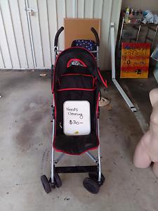Stroller... Yorkeys Knob Cairns City Preview