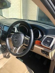 Jeep Grand Cherokee Limited 2012 model