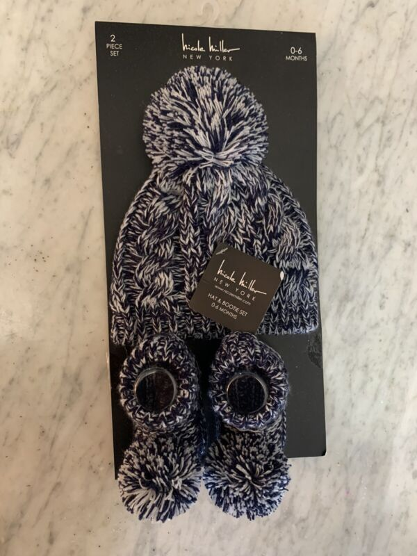 Brand New 0-6 Month Nicole Miller Infant Hat With Pom Pom Booties Blue & White
